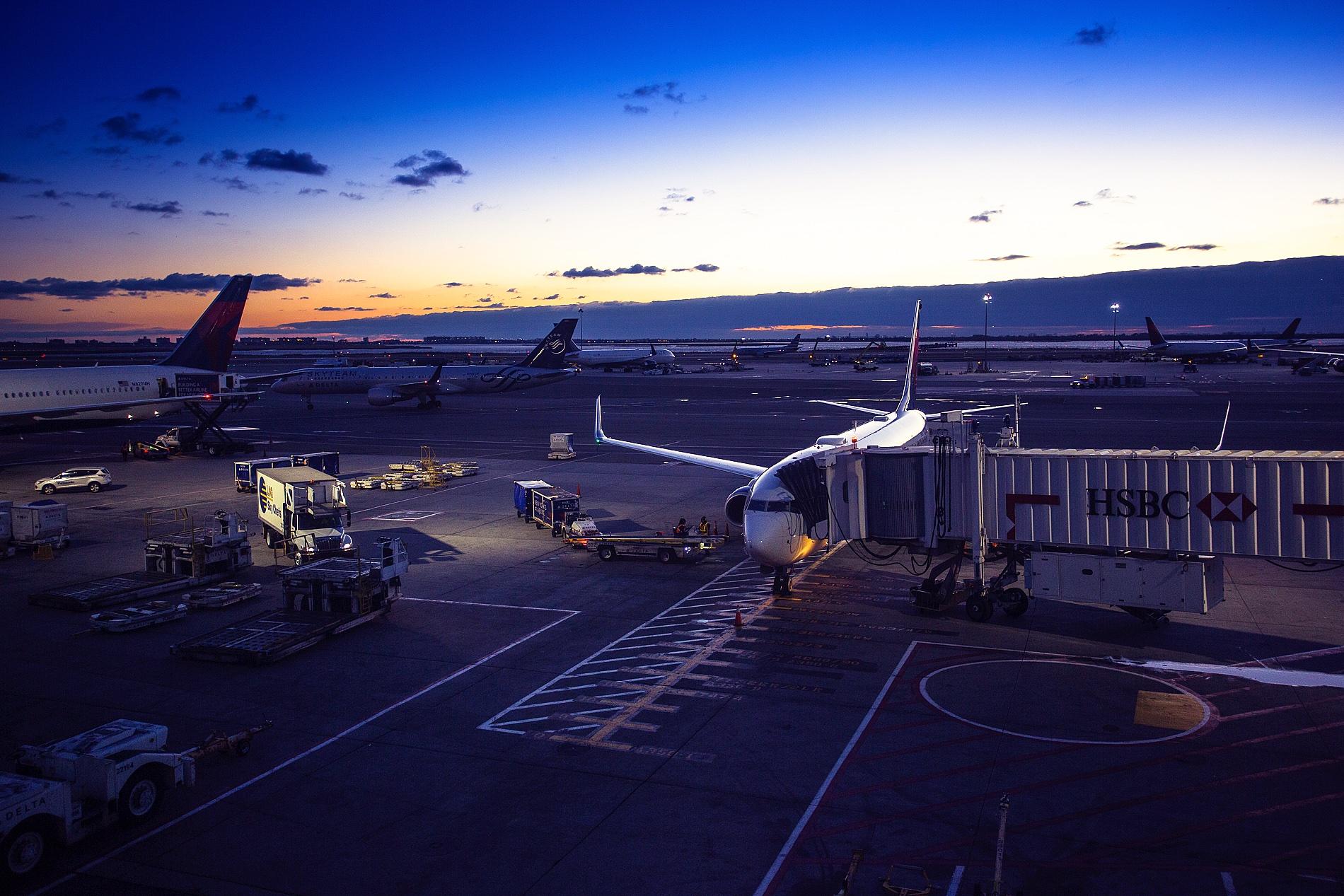 jfk airport new york evening light